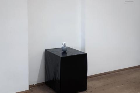 Małgorzata Pawlak,  I look on my brain as a mass of hydraulically compacted thoughts, widok ogólny wystawy (2)